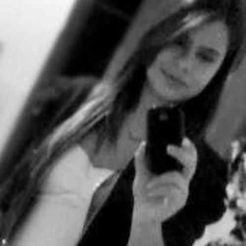 Paola Soares's avatar