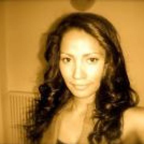 Isabel Asadobay's avatar