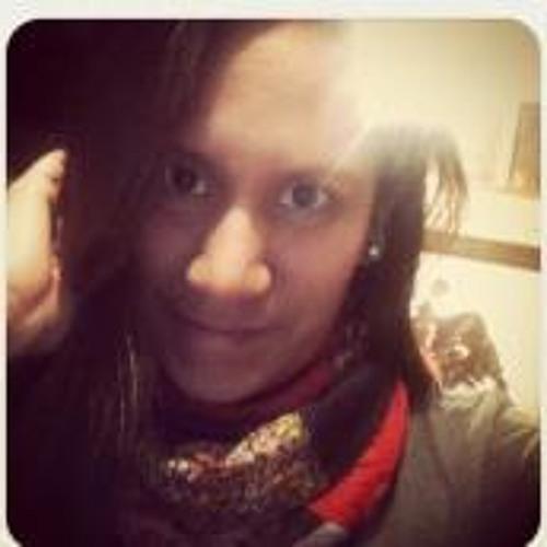 Nadia MV's avatar