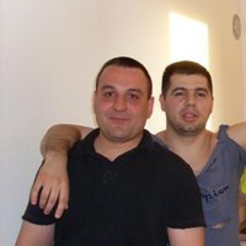 Milan Mujezinovic's avatar