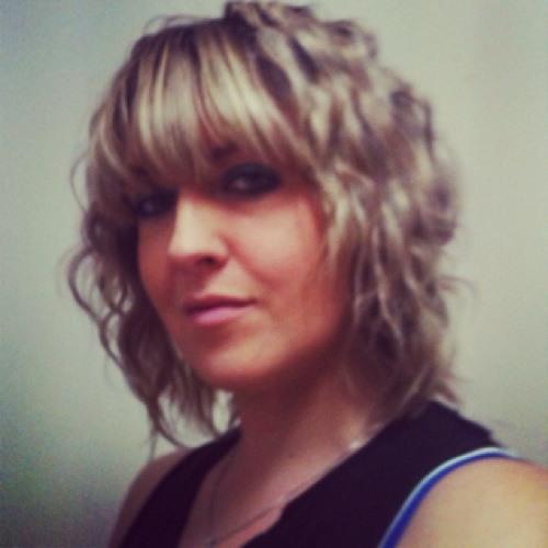 Erin Simmons 2's avatar
