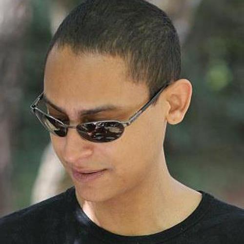 Lucas Nascimento's avatar