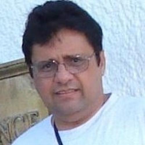 Angel Villamil 1's avatar