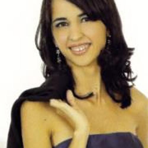 Paulinha Hévellen's avatar