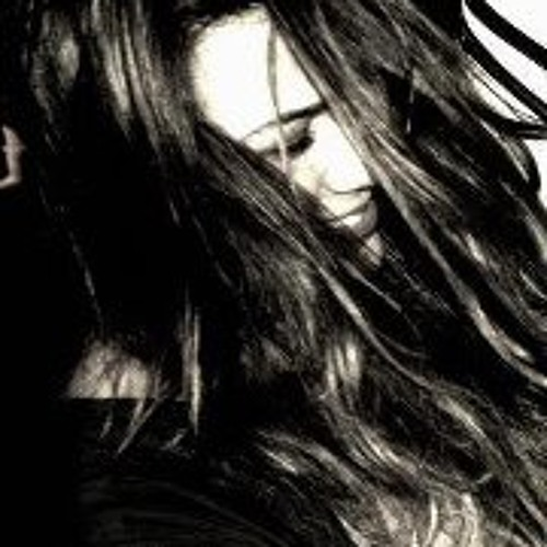 Mari Ferreira 4's avatar