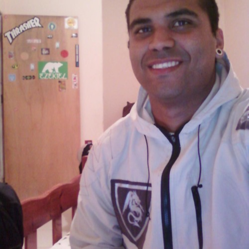 tuliogregorioo's avatar