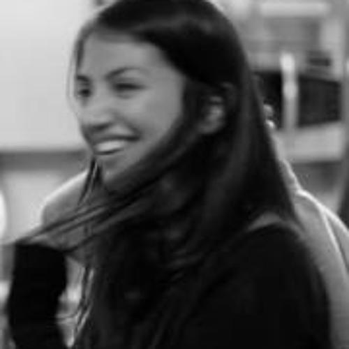 Carolyn Coombs's avatar