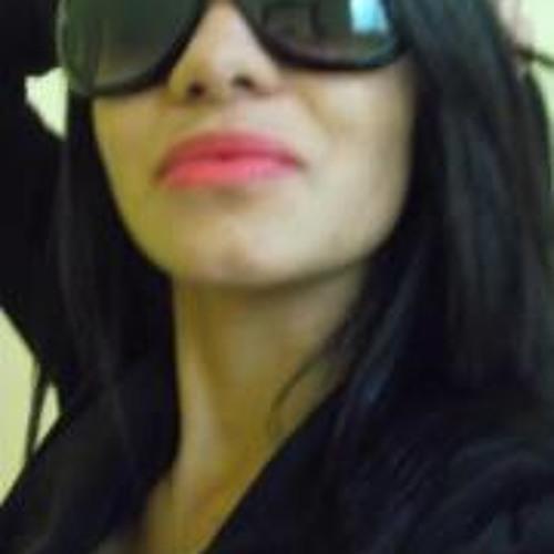 Ana Luiza S. Silva's avatar