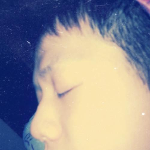 CHIN XIAN's avatar