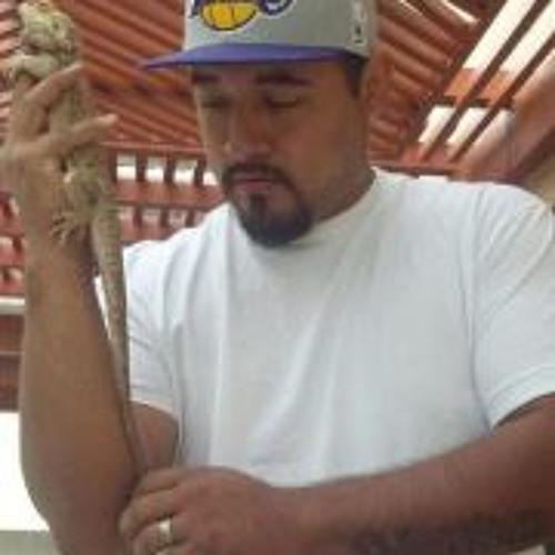 Emilio Torres 4's avatar