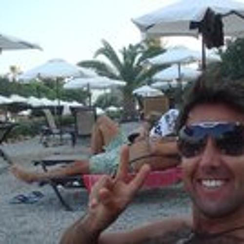 Roberto Spada's avatar