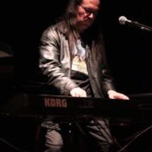 Claudio Momberg's avatar