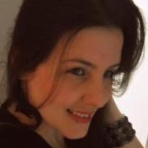 Juliana Mazoco's avatar