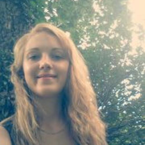 Samantha Fenty's avatar