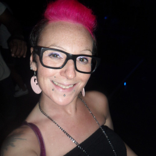 Pink van Essen's avatar