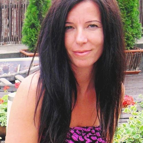 Dóra Somogyi's avatar