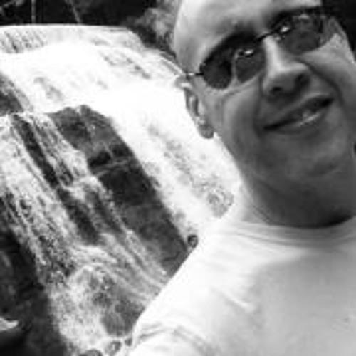 Angelo Del Rio's avatar