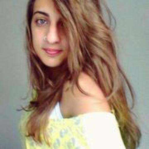 Gabriela Loureiro 1's avatar