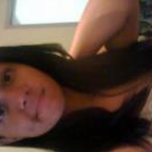 Duda Almeida's avatar