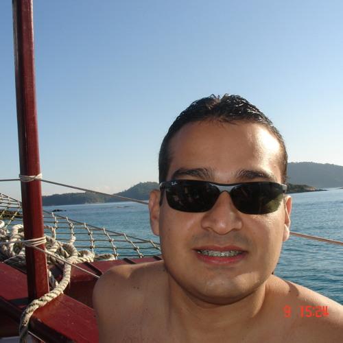 DJ Raphael Alves's avatar