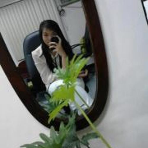 Nicole Escalderon's avatar