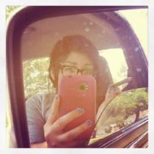 Iliana V's avatar