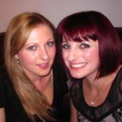 Emma Bates 6's avatar