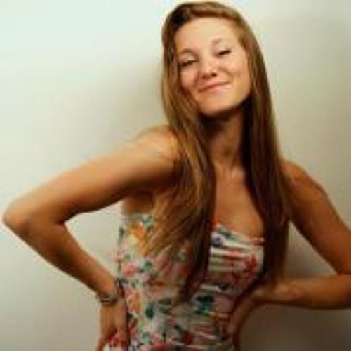 Lucia Velazquez Beltran's avatar