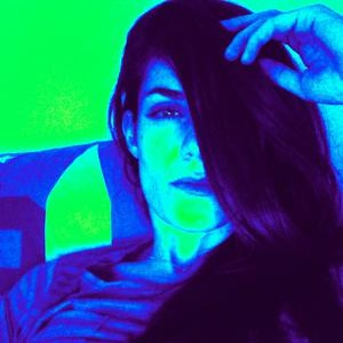 Miryam Mi's avatar