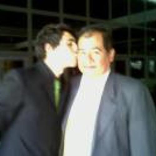 Jose Leonardo 4's avatar
