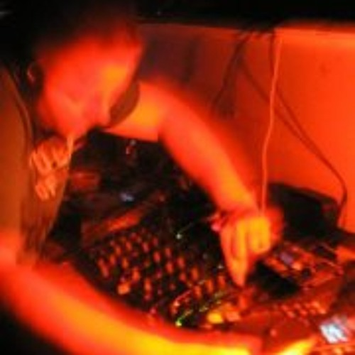 DJ Bryan Thomas's avatar