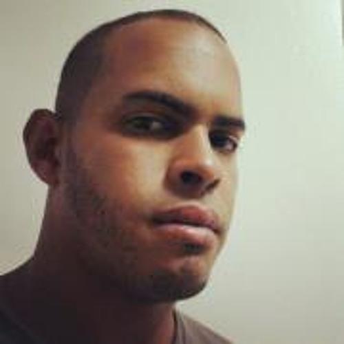 Robert L Flores's avatar
