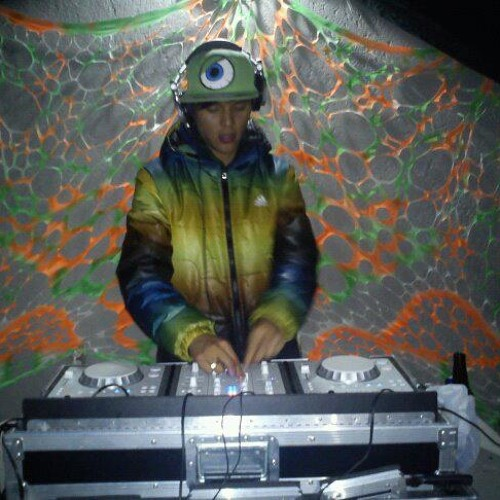 undersunset (ust)'s avatar