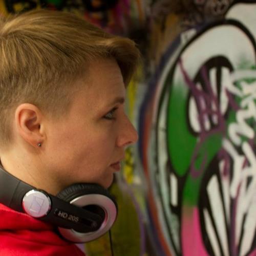 DJ BLAZYN's avatar