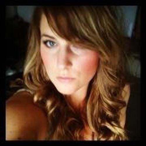 Lisa Kristine 1's avatar