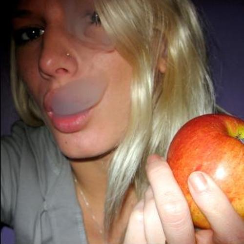 L@ Sorda Mano's avatar