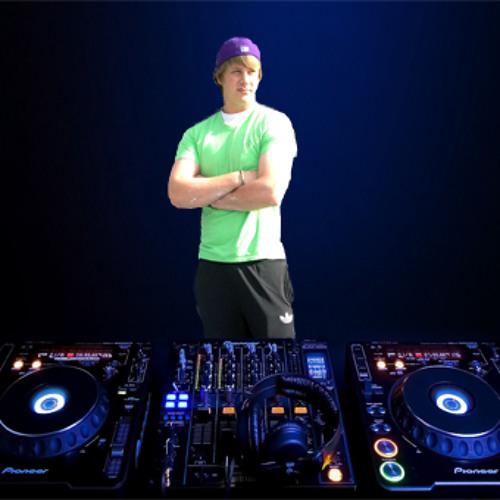 DJ Shane Mackay's avatar