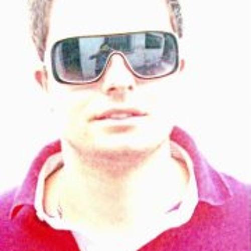 Thi M's avatar