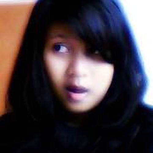 Liia Nuraga Respati's avatar
