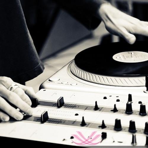 DJ Earl's avatar