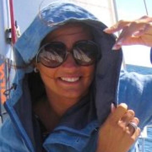 Helen Mahmastol's avatar