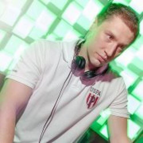 Andrey Kuzmin's avatar