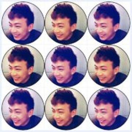 Carlton Eng's avatar