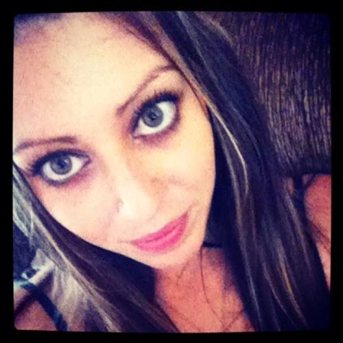 kylie G<3's avatar