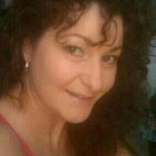 Kayla Samaras's avatar