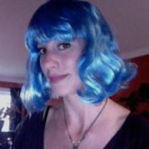 Carly Roxanne's avatar