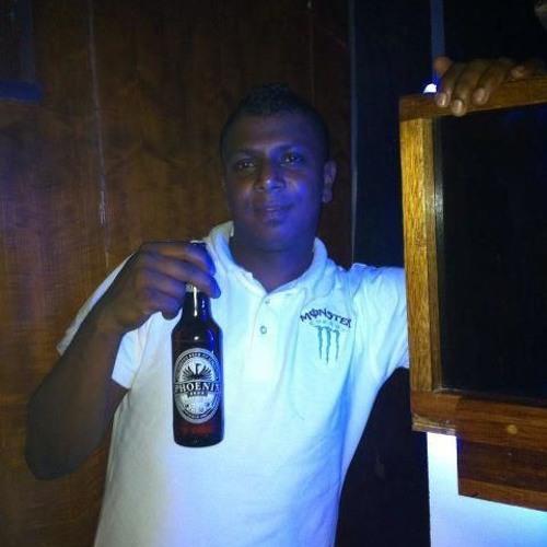 DJ Emmanuel L's avatar