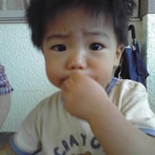 jun oshiro's avatar