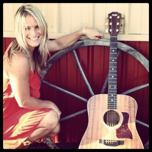 Amy Montrois's avatar