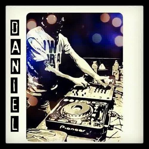 Daniel Arlieaga's avatar